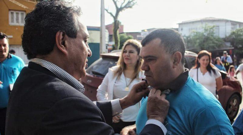 El Gobernador Hugo Javier González participando de la Conmemoración del Día Mundial del Bastón Blanco