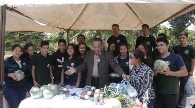 Alumnos del CEDM de Nueva Italia realizaron Feria Agronómica