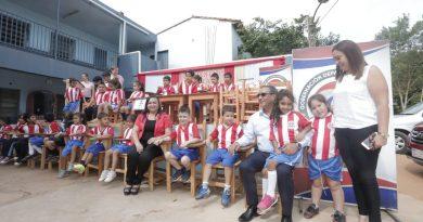 Gobernación de Central llevó insumos a la Escuela Municipal Virgen del Carmen