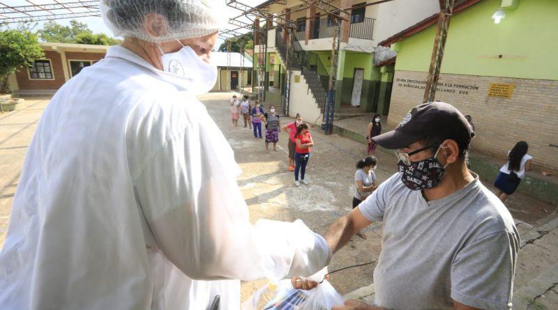 La Gobernación de Central llegando con kits de alimentos para los niños de las instituciones educativas